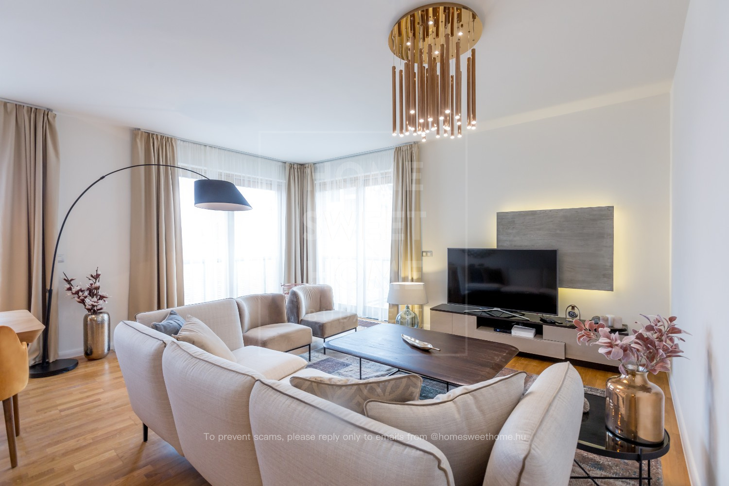luxury-3-bedroom-apartment-for-rent-on-discount-price-Budapest_1.jpg